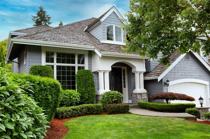 Pros And Cons Of Roofing With Cedar Shake Shingles